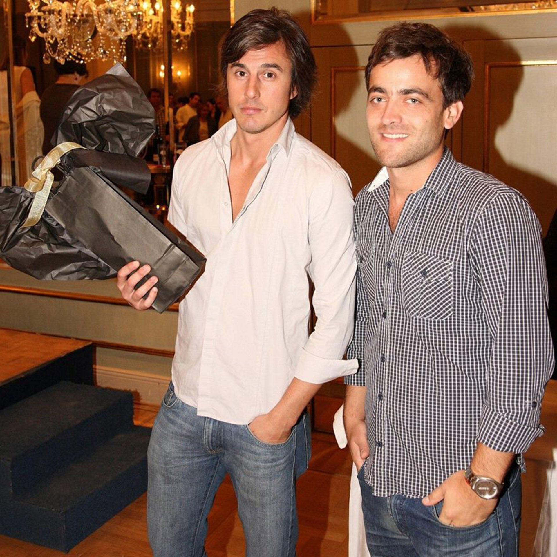 A la izquierda, Roberto García Moritán, el actual novio de Pampita Ardohain (Foto: Facebook)