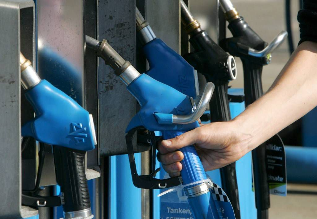Los aumentos de precios sumado a la situación económica recesiva desalentaron el consumo de combustibles