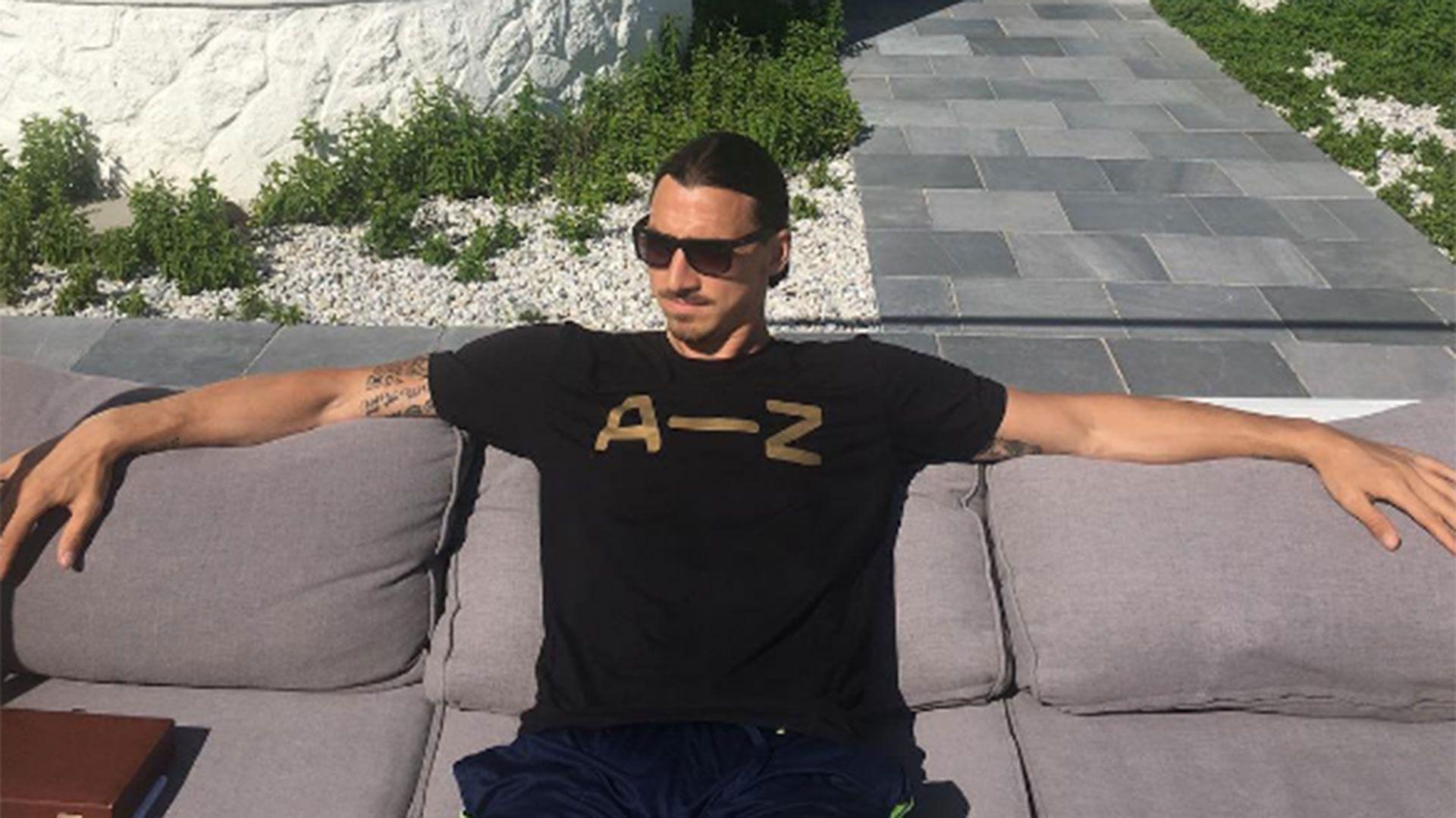 Ibrahimovic mostró su autoregalo de cumpleaños en las redes sociales