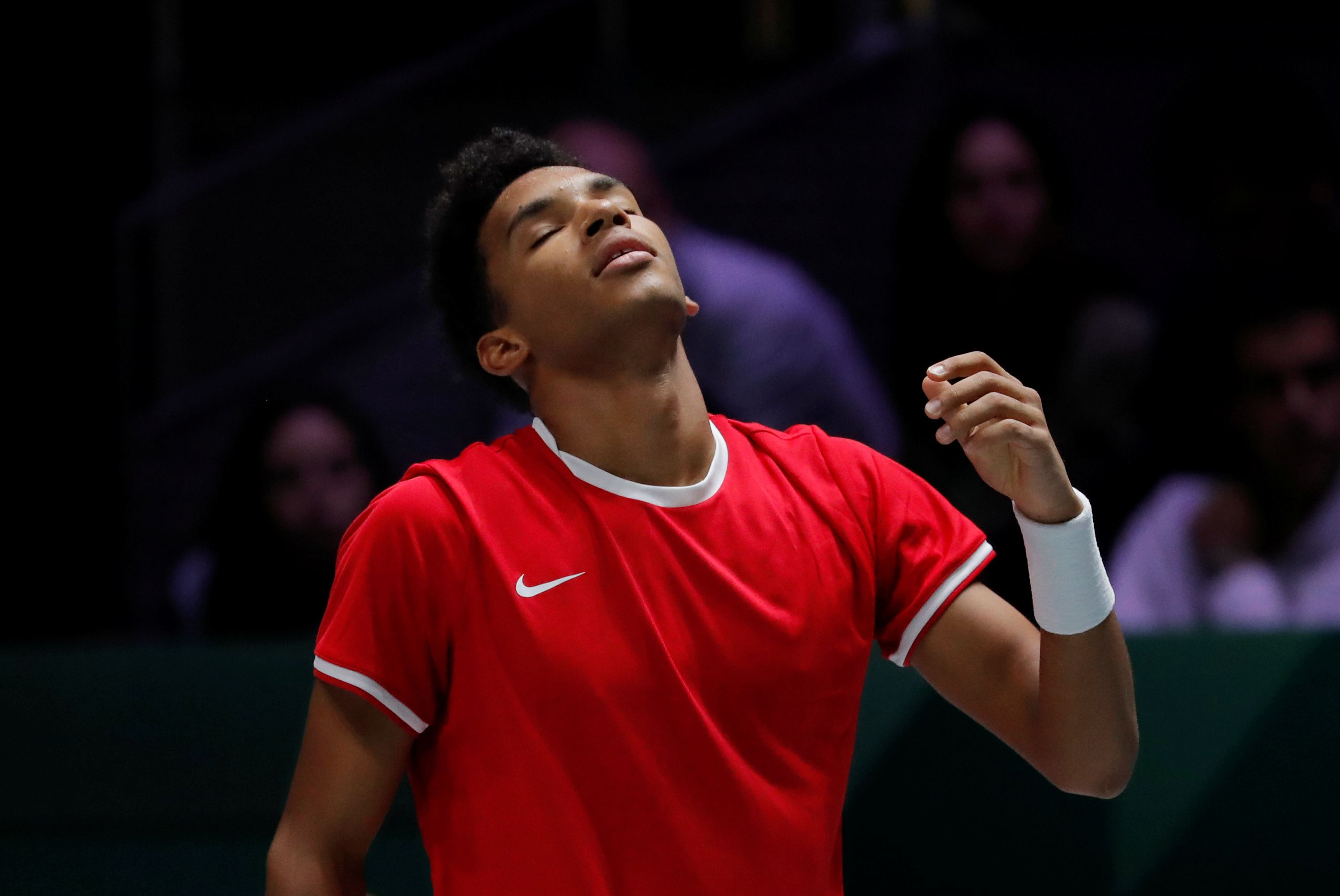 Tennis - Davis Cup Finals - Final - Caja Magica, Madrid, Spain - November 24, 2019   Canada's Felix Auger-Aliassime reacts during his match against Spain's Roberto Bautista Agut   REUTERS/Susana Vera