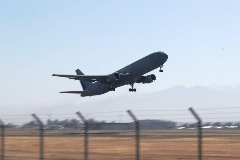 Foto referencial de archivo de un avión de la Fuerza Aérea de Chile en Santiago, Chile, Noviembre, 2018. REUTERS/Iván Alvarado